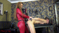 Mistress Lissandra Caged anal whore