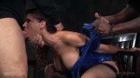 Big breasted sexy MILF Syren