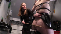 Bondage, domination and torture for sexy bitch in latex (part 2)