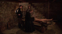 Elvira – Medieval witch's tour