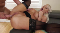 Milf London: Deep Throat, Gaping Anal