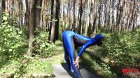 Tatjana - Contortion outdoors