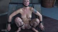 Submissive Cutie Cums Until She Comes Undone