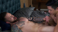 Straight hunk Jordan Levine feeds new boy Cooper Dang his load