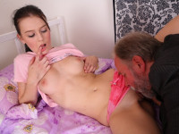 Download Katia lifts off her top and plays with her breasts as her pussy is licked