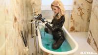 Hot bath tub (2017)