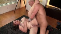 Michelle Austin skips her workout and gets fucked bareback.