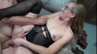 Hard fuck for pregnant babes