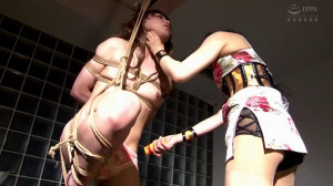 The Queen And The Cross-Dresser [2018,Busty,Bondage,Rope][Eng]