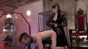 The Punishment Bench - Madam Quinn Helix - Whipping [2019,Rope,BDSM,Bondage][Eng]
