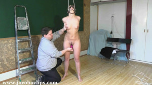 Chained Slavegirl Fucked [Eng]