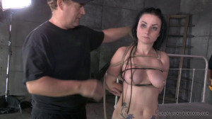 Dark haired beauty tightly tied [Eng]