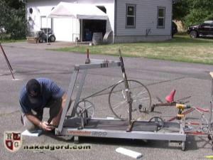 Junkyard Fucking Machine [2017,House of Gord,Adrianna Nicole,string bondage,punishment,suspension][Eng]