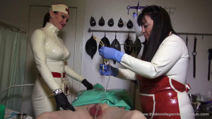 Ms Miranda and Lady Annisa - 130 Target Finale [Foot Fetish,Femdom ,Foot Domination][Eng]
