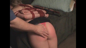 Red Butt and Bed Bound [2017,Bondage,Humiliation][Eng]
