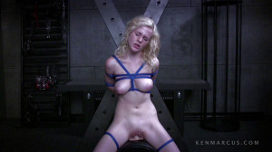 Catie Rides The Sybian - Catie Parker [Eng]