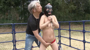 Naked Slave Girl Outdoors Torture [2014,Torture,Bdsm][Eng]