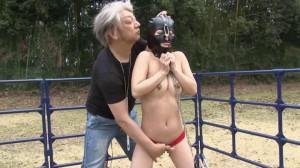 Naked Slave Girl Outdoors Torture [2014,Torture,Bdsm][Eng]