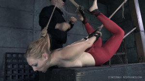 Delirious Hunter Needs To Feel The Pain [2015,Domination,BDSM,Spanking][Eng]