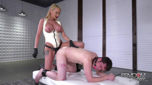 Cuckold's Pegging From Raven Bay [2018,Raven Bay,Strap-on,Anal,Pegging][Eng]