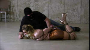 Blair Blouson Bondage [Eng]