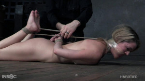 Stunning Lady Gets Humiliation and Tortures [2019,Kit Mercer,Humiliation,Whipping,BDSM][Eng]