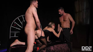 Gina Gerson Submitting to Double Penetration [2019,Europe / DDFNetwork,Gina Gerson,Bondage,Anal,Double Penetration][Eng]