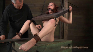 Cangue - Maggie Mead [Submission,BDSM,Bondage][Eng]