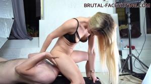 Brutal Facesitting Sophie Summer [2019,Sophie Summer][Eng]