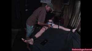 Checking Under The Hood [2019,torture,BDSM,Rope][Eng]