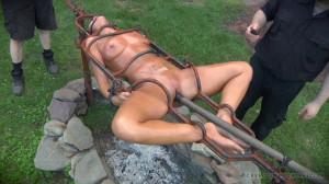 Sweaty Pig, Part 3 [2015,London River,Outdoor,Bondage,BDSM][Eng]