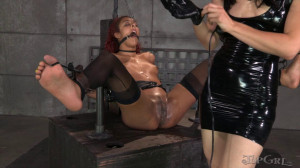Pushing Daisy - Daisy Ducati, Elise Graves [Spanking,Torture,Submission][Eng]
