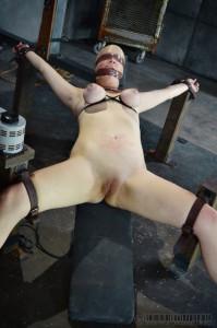 RTB - Winnie Rider, Amy Faye - Winnie the Hun Part 1 [2014,Winnie Rider,Domination,BDSM,Extreme Bondage][Eng]