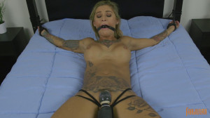 Kleio Valentien - Tattooed Mega Babe is Made to Cum [2019][Eng]