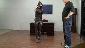 Elizabeth Andrews - Bound for Fun In Shiny Pants and Super Arches [2021,Bondage,Rope,BDSM][Eng]