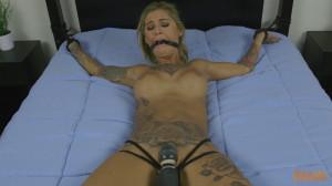 Tattooed Mega Babe [2017,Bondage,Roped][Eng]