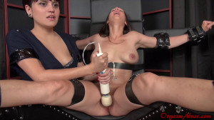 Denied Till She Squirts [2017,Bondage,,Squirting][Eng]