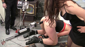The Lazy Susan upgrade [2016,House of Gord,Quinn,handcuffs,penetration,naked][Eng]