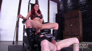 Amazonian Sex Toy [2018,FemdomEmpire,Skyla Novea,Pussy Worship,Busty,Red Head][Eng]
