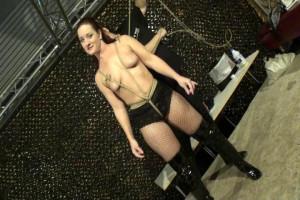 Delona Vs Fayth Escape Challenge in Austria [2019,Bondage,Rope,torture][Eng]