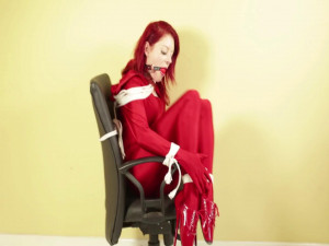 Scarlet in Red Chair [2017,Bondage,Bdsm][Eng]