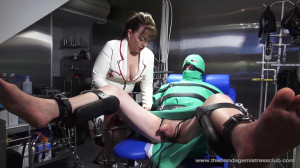 Mistress Miranda in Electric Folly part 1 [Foot Domination,Femdom ,Foot Fetish][Eng]
