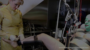 Mistress Miranda in Machine Handjob Pt 1-4 [2019][Eng]