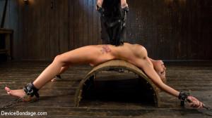 Bit Tits in Big Trouble [Kink: Device Bondage,Britney Amber][Eng]