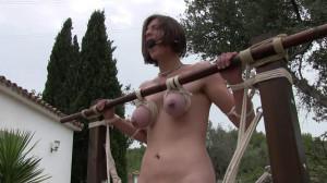 Outdoor Breast Suspension Orgasm Challenge for Zooey Zara [Eng]