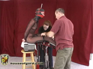 MJ Foldy Fucked [2010,gags,metal bondage,inversion][Eng]