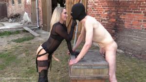 Femdom Porn Videos Strap-On In The Sun At The Farm [2019,MissCourtney,Mistress Courtney,Femdom,Strapon][Eng]