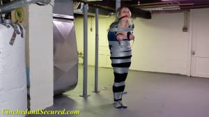 Lolly Gagg's Pole Predicament [2021,Bondage,Rope,BDSM][Eng]