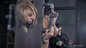 Slut Delivery [2015,InfernalRestraints,Kleio Valentien,Squirt,Humiliation,Blonde][Eng]