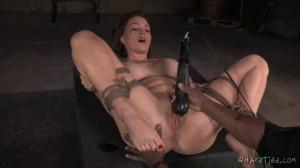 Bossy Bitch - Krissy Lynn, Jack Hammer [Vibrator,Fisting,Hitachi][Eng]